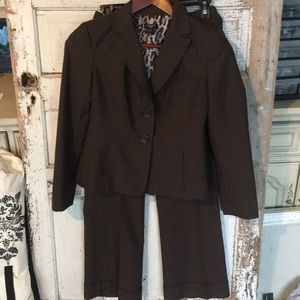 EUC Ann Taylor Brown Jacket Pants Suit